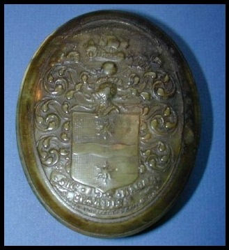 Snuff Box Made of Horn